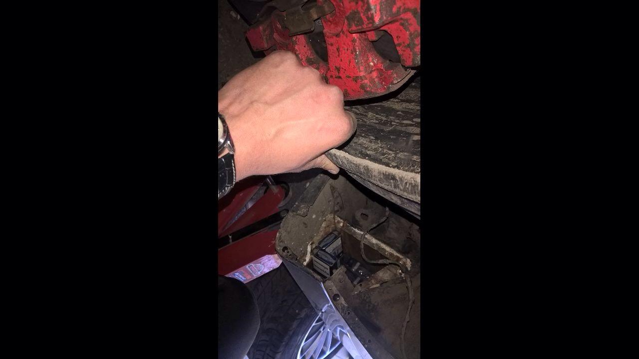 Через контрабанду митники вилучили автомобіль (Фото)