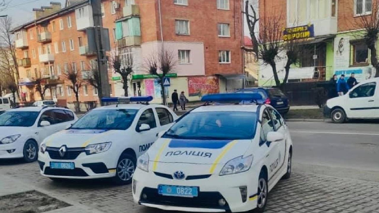 Львівські мотопатрульні затримали злодія, який заліз до помешкання містянки (Відео)